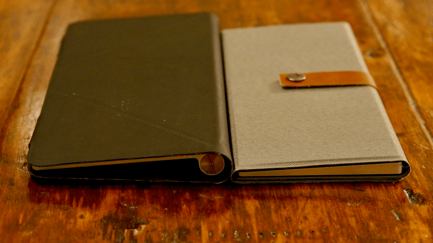The Incase Origami case (left) and Canopy (right).